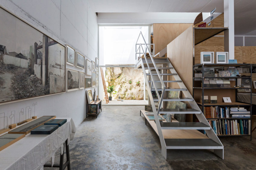 A Single Family House For a Painter by DTR_studio Arch (11)
