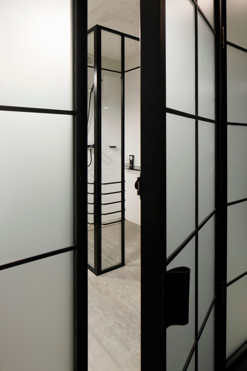 Apartment UV by OPEN AD - Architecture and Design (16)