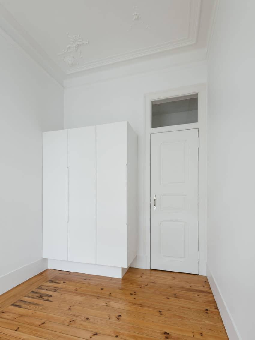 Apartment in Estrela by Aurora Arquitectos (22)