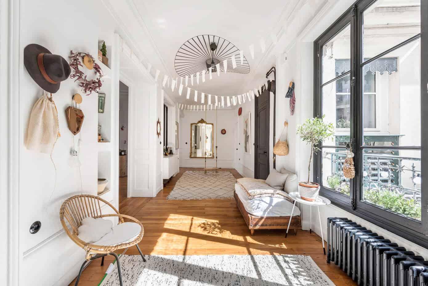 Alexandra Tamburini Designs a Contemporary Apartment in Lyon, France