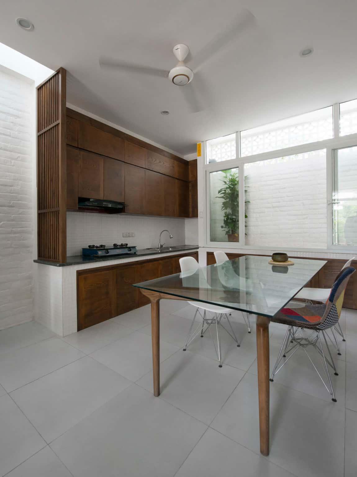 Binh House by Landmak Architecture (10)