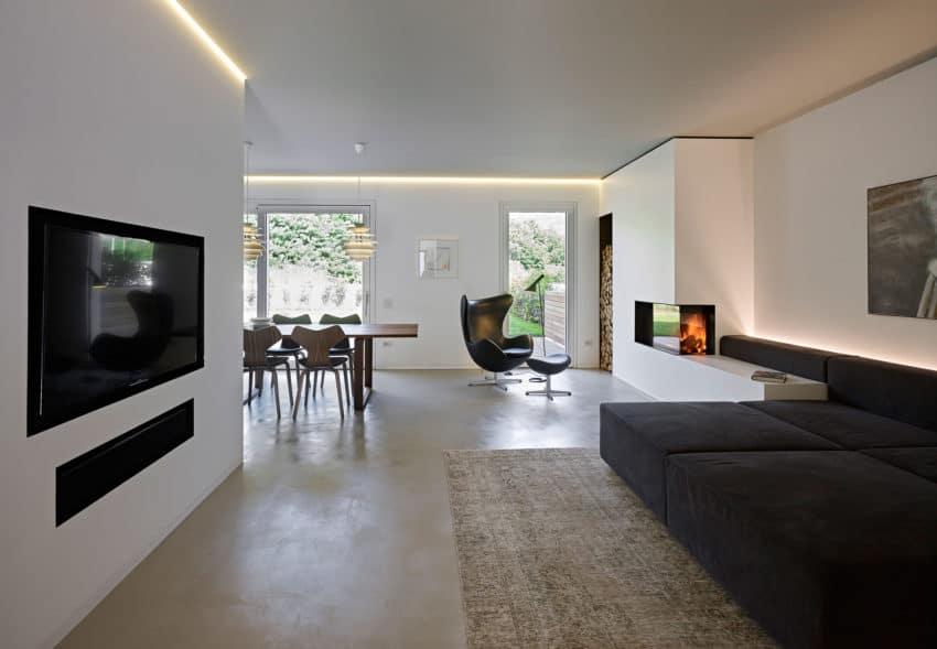 CW Apartment by Burnazzi Feltrin Architetti (6)