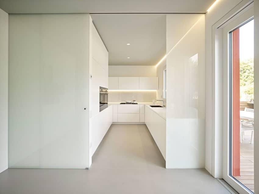 CW Apartment by Burnazzi Feltrin Architetti (11)