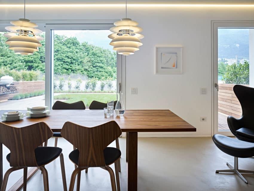 CW Apartment by Burnazzi Feltrin Architetti (15)