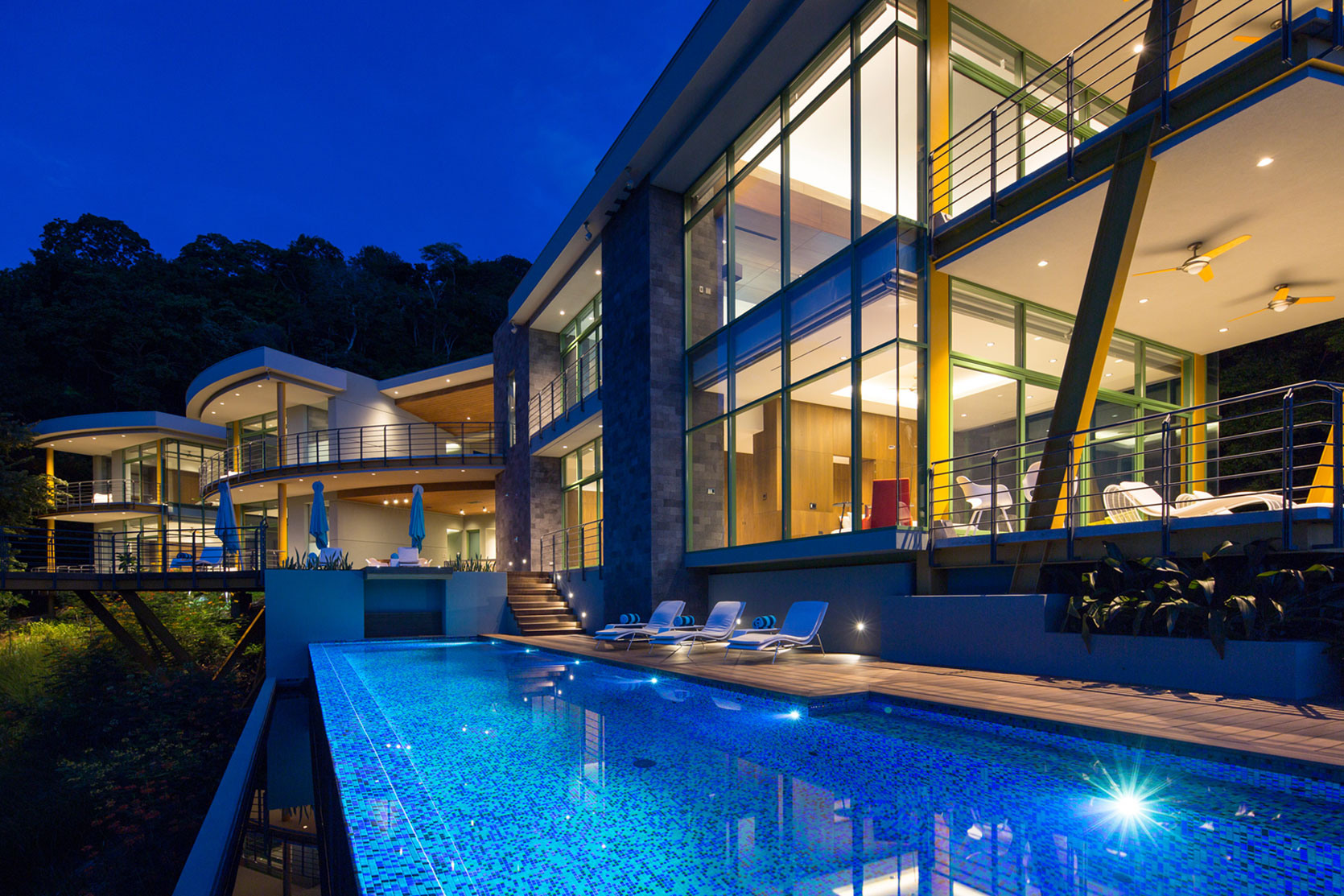 Sarco architects design a luxury villa in nacascolo costa for Luxury villa costa rica