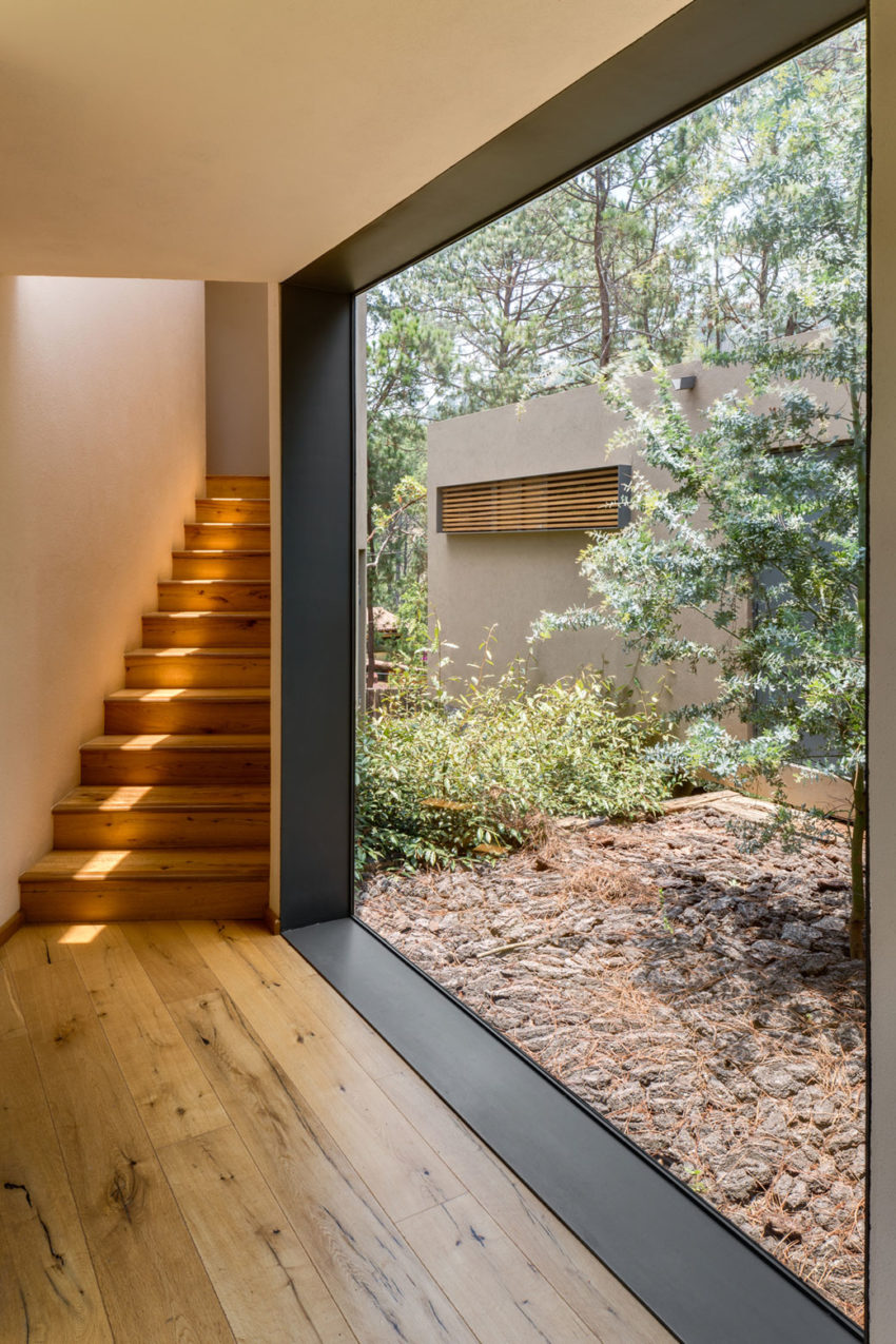 Five Houses by Weber Arquitectos (9)
