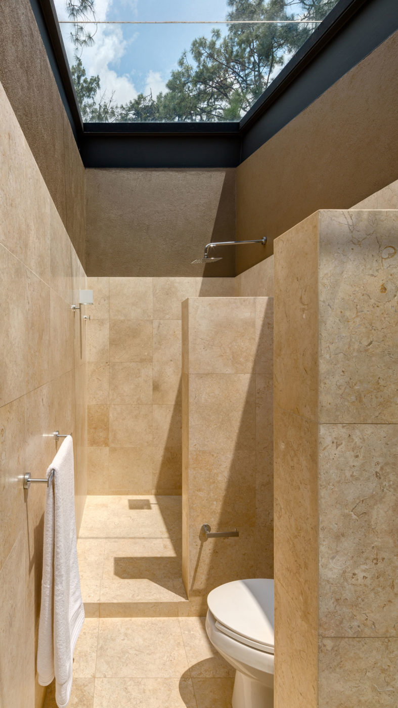 Five Houses by Weber Arquitectos (11)