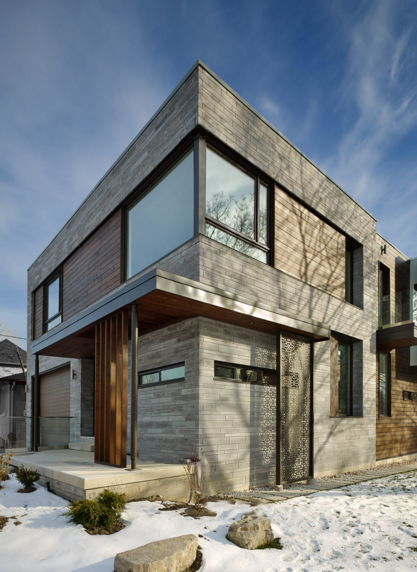 Alva roy architects design a single family home in toronto for Single family home designs