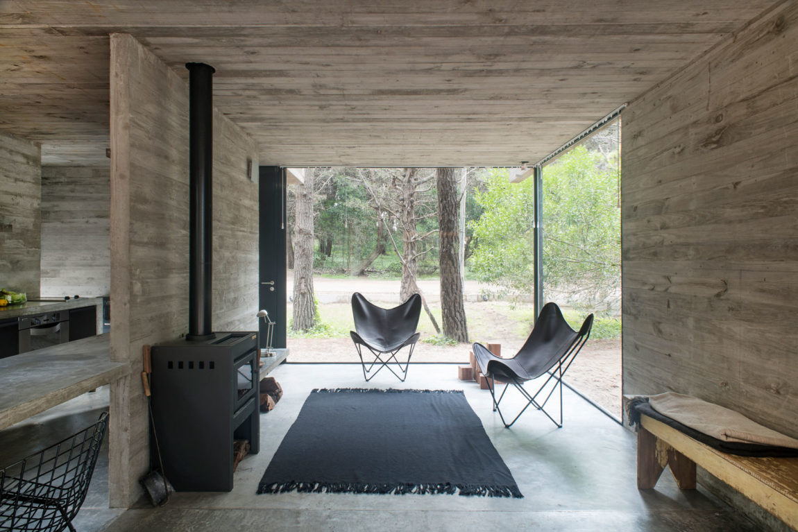 H3 House by Luciano Kruk (10)