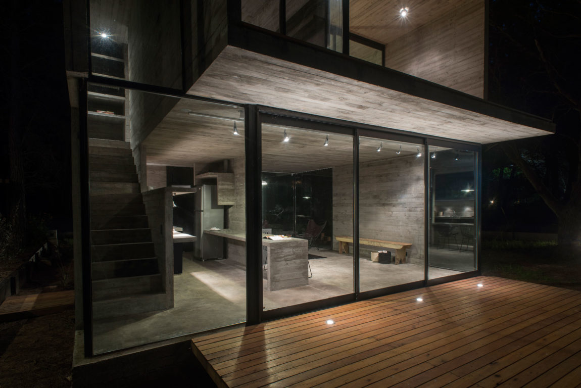 H3 House by Luciano Kruk (20)