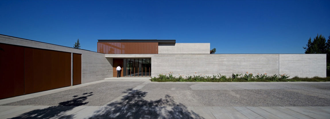 House in Linderos by Cristian Hrdalo (1)