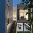 Kradoan House by Thiti Ophatsodsa (26)