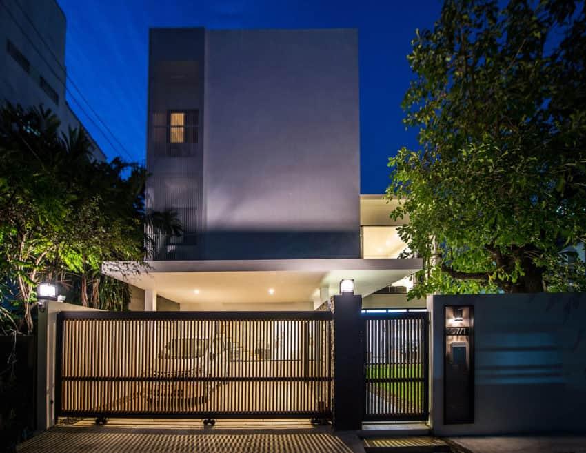 Kradoan House by Thiti Ophatsodsa (36)