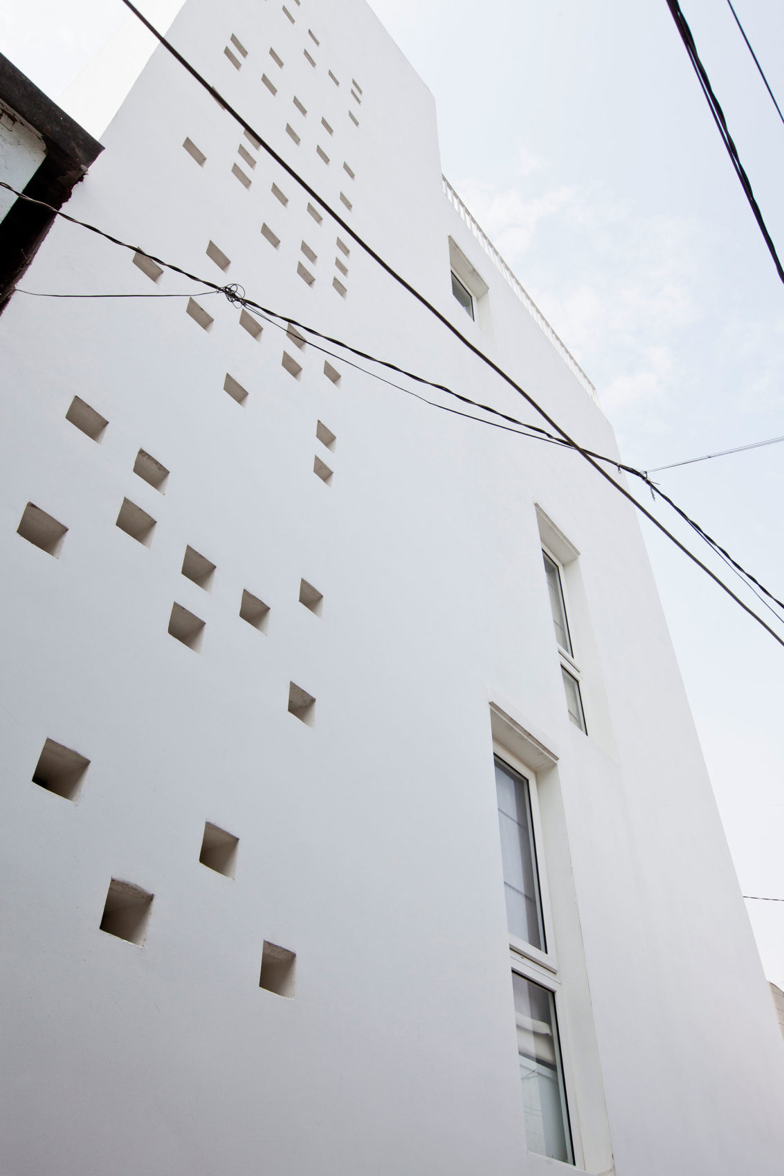 Micro Town House 4x8m by MM ++ ARCHITECTS (6)