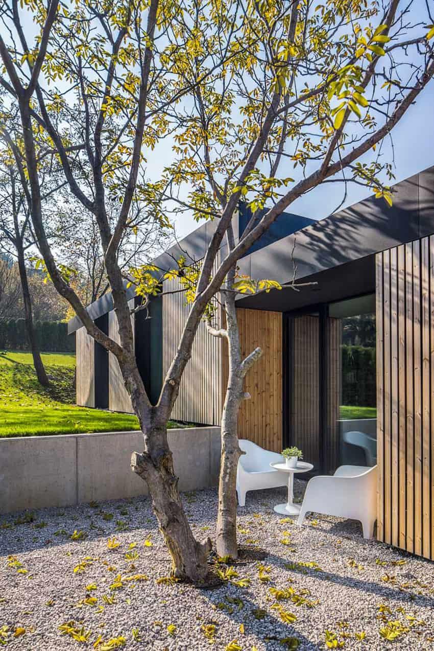 Pagoda House by I/O Architects (5)