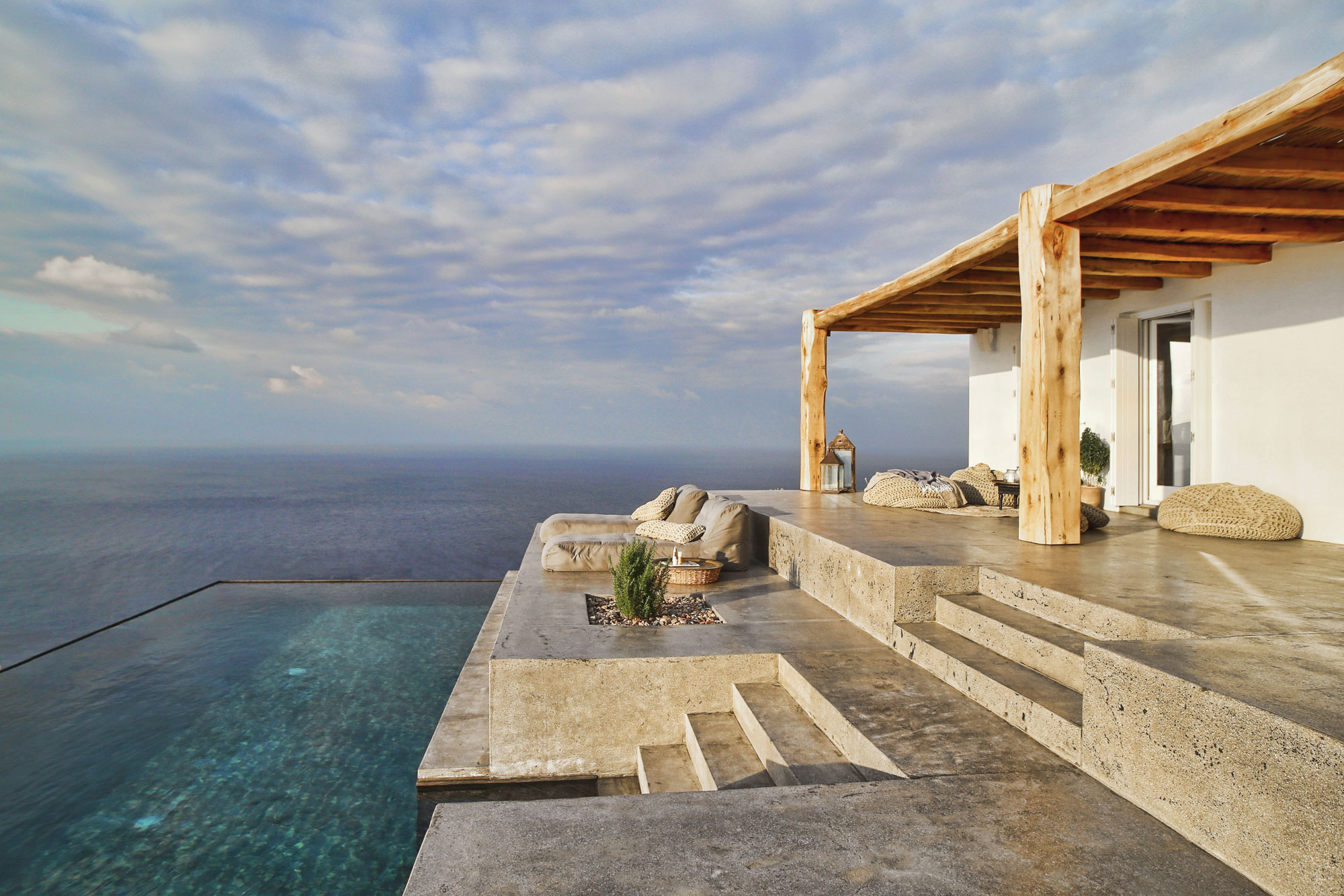 Residence in Syros I by Block722 (2)