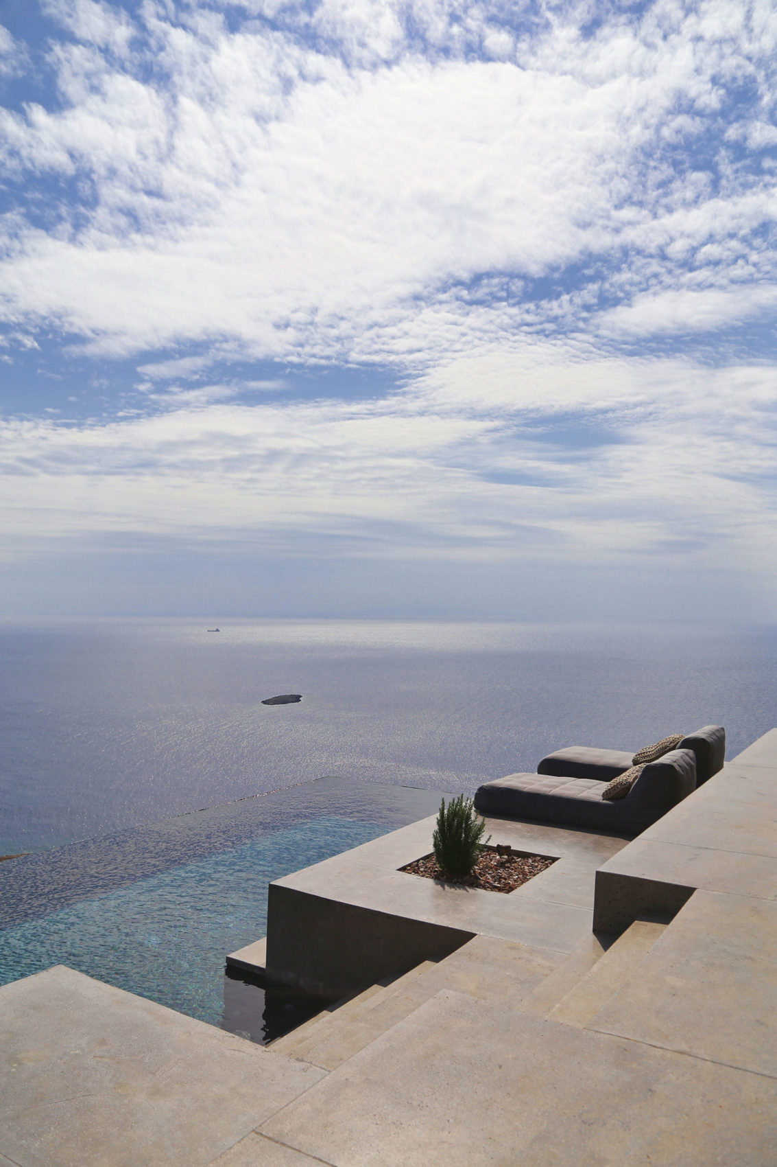 Residence in Syros I by Block722 (3)