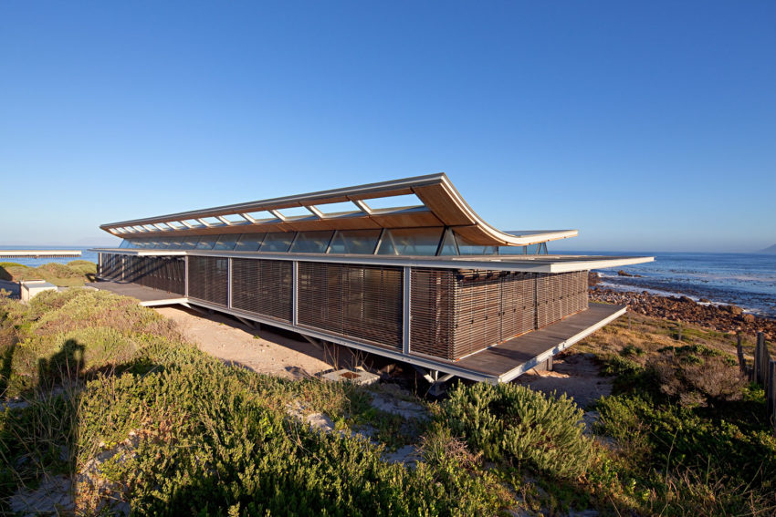 Rooiels Beach House by Elphick Proome Architects (4)