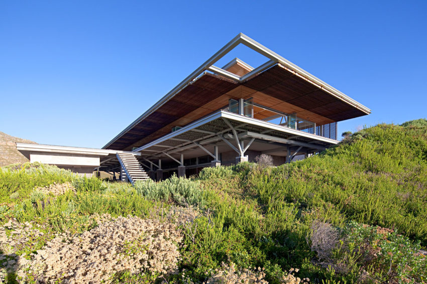 Rooiels Beach House by Elphick Proome Architects (5)