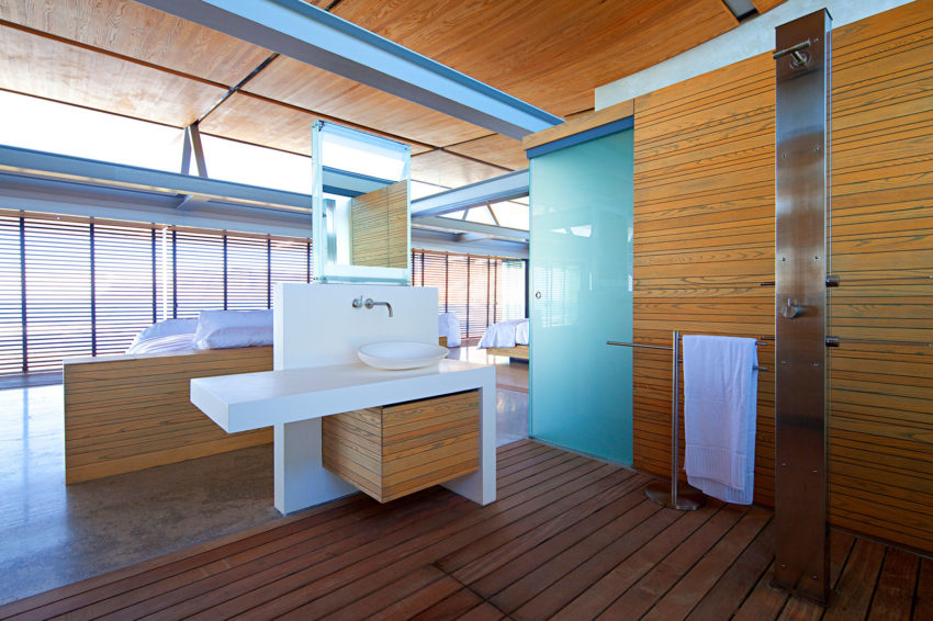 Rooiels Beach House by Elphick Proome Architects (21)