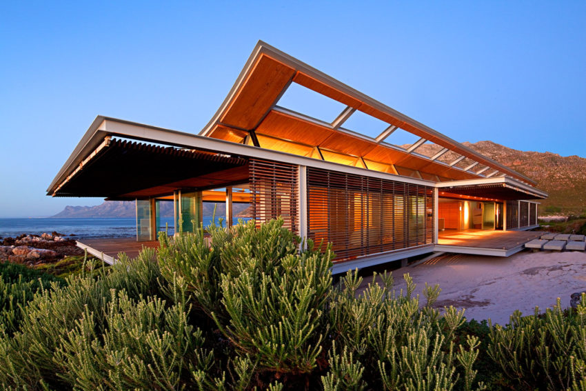 Rooiels Beach House by Elphick Proome Architects (28)