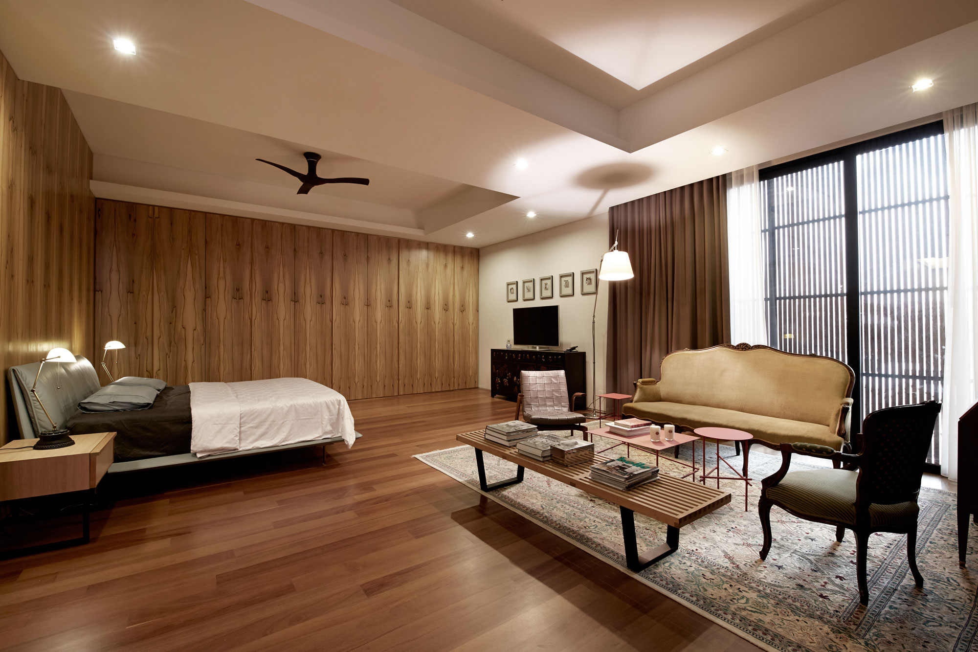 Interlink design solutions creates a spacious eco friendly for Interior design of bungalow