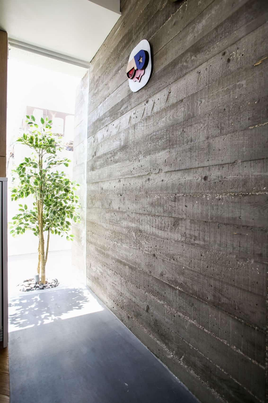 TLV Zechariah Apartment by Dori Interior Design (10)