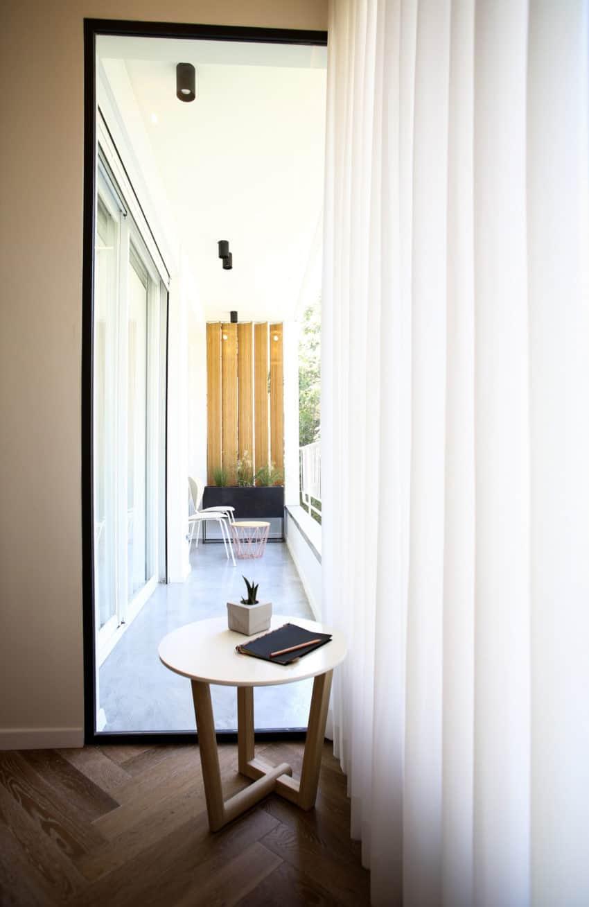 Tlv PH Apartment by Dori Interior Design (10)