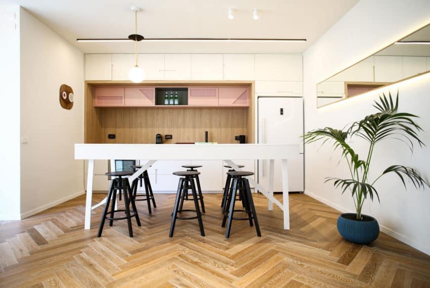 Tlv PH Apartment by Dori Interior Design (11)
