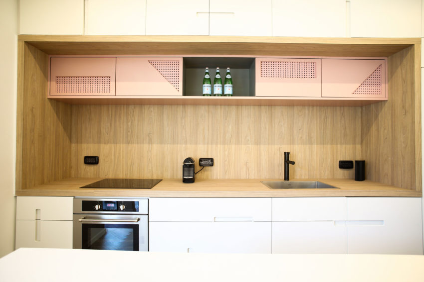 Tlv PH Apartment by Dori Interior Design (12)