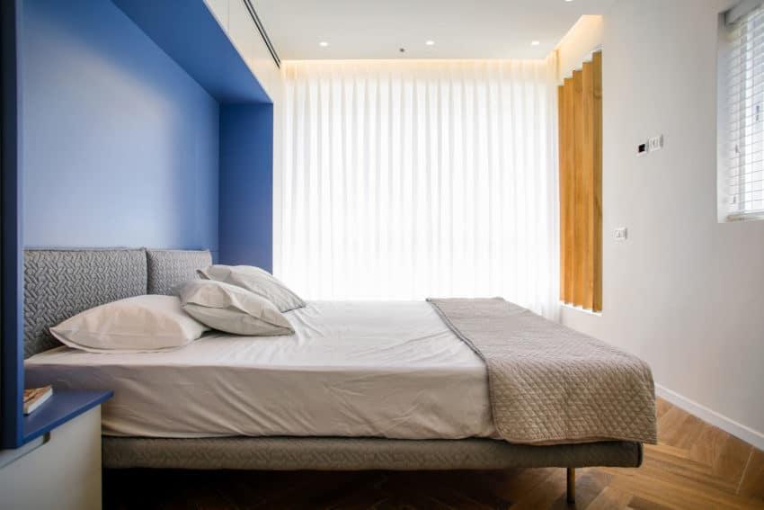 Tlv PH Apartment by Dori Interior Design (17)