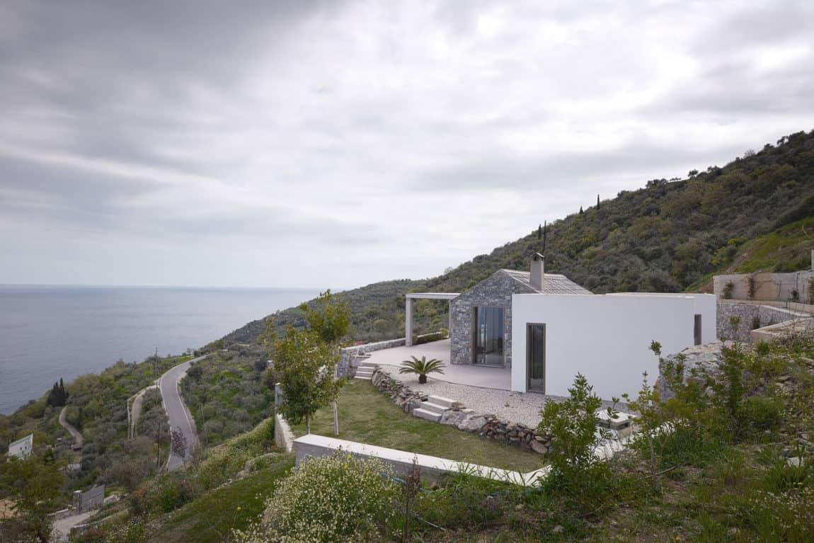 Villa Melana by Studio 2 Pi Architect (1)