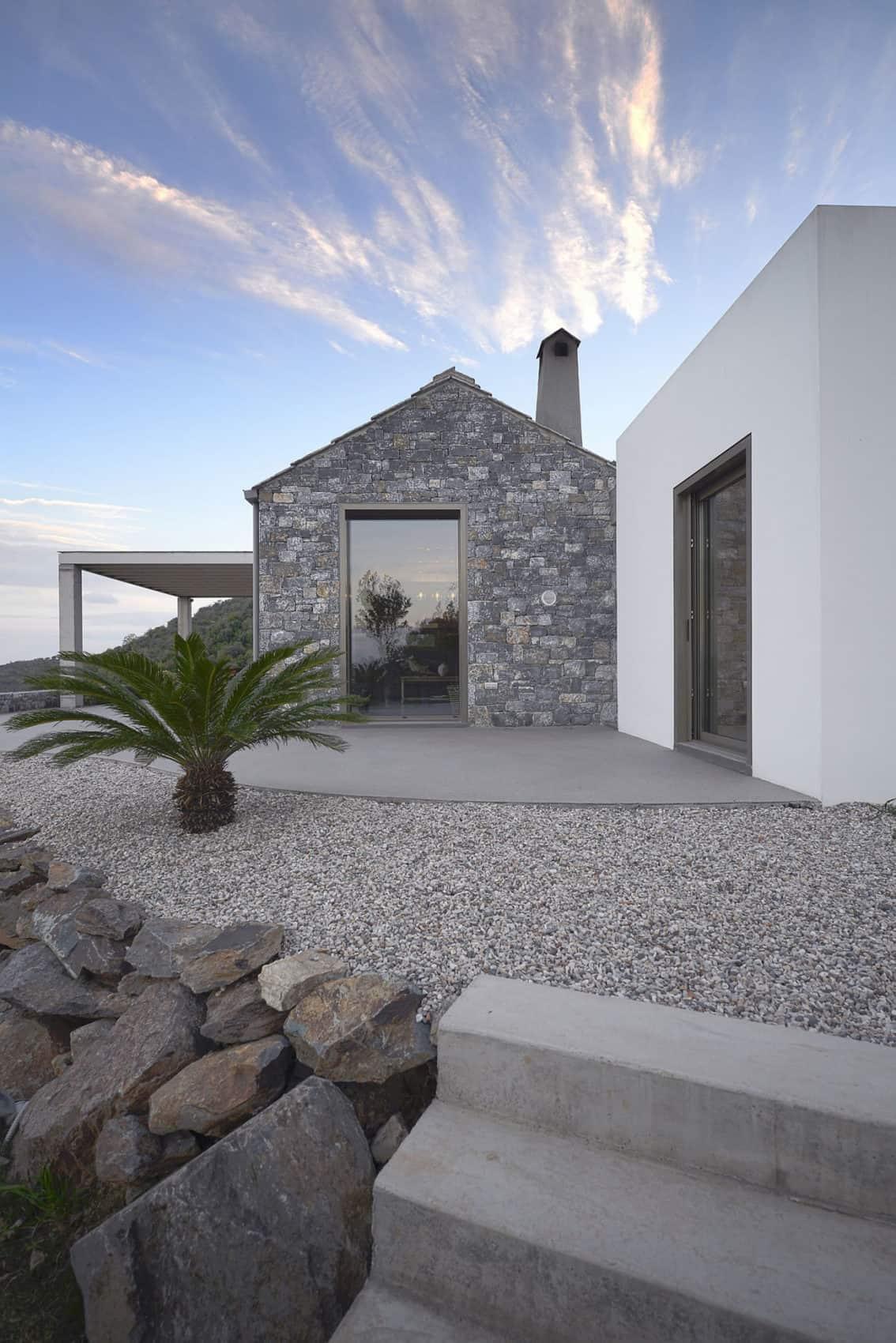 Villa Melana by Studio 2 Pi Architect (2)