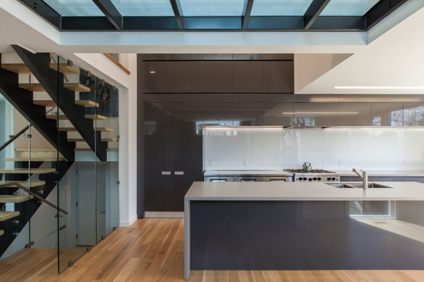 Instar House by rzlbd Architects (2)
