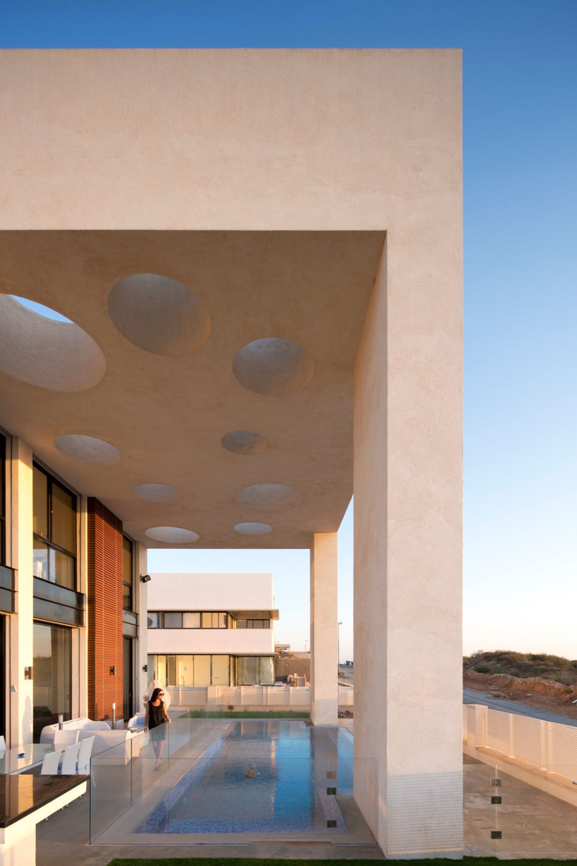 A House in Irus by Dan and Hila Israelevitz Architects (4)