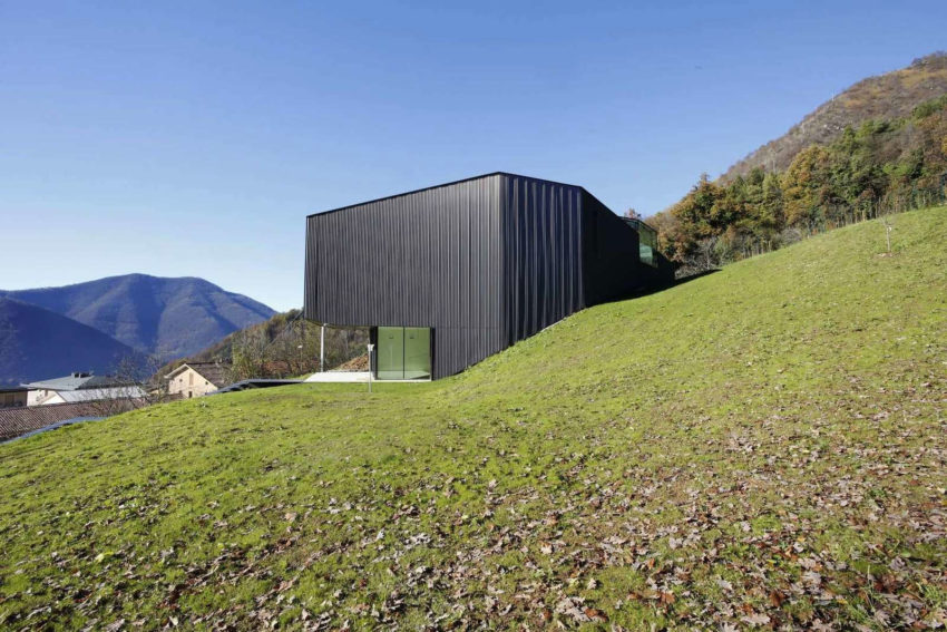 Alps Villa by Camillo Botticini (7)