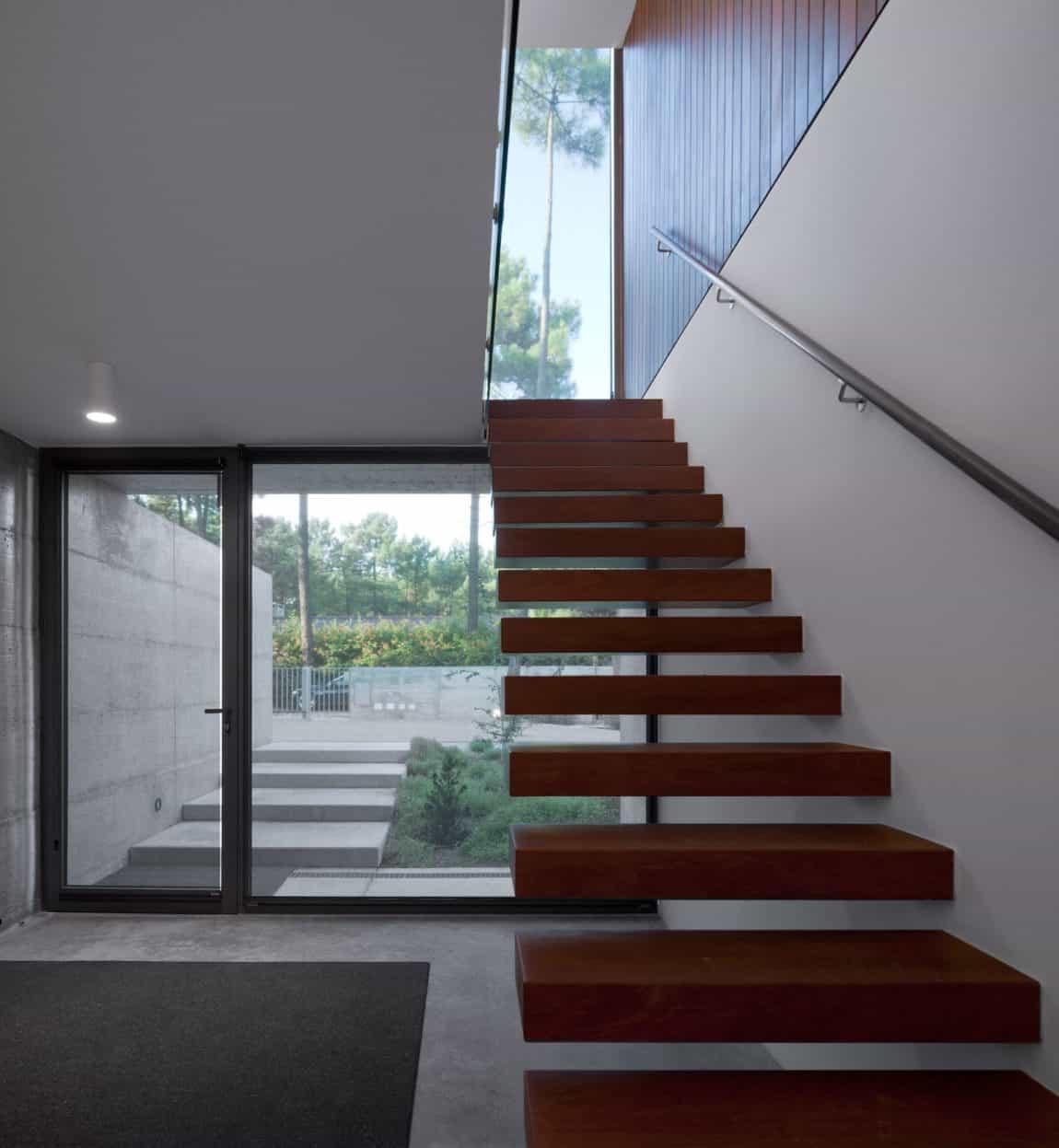 Aroeira III by ColectivArquitectura (10)