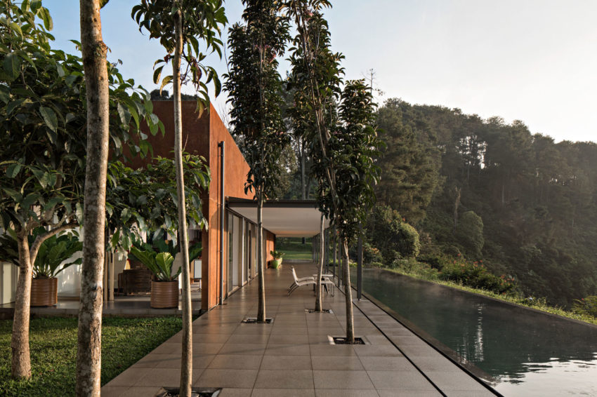 BRG House by Tan Tik Lam Architects (3)
