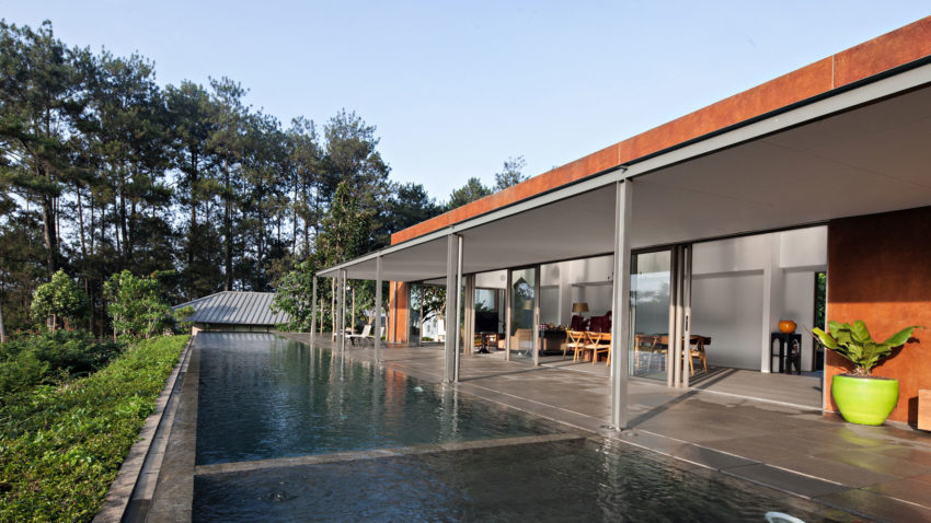 BRG House by Tan Tik Lam Architects (4)
