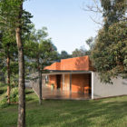 BRG House by Tan Tik Lam Architects (5)