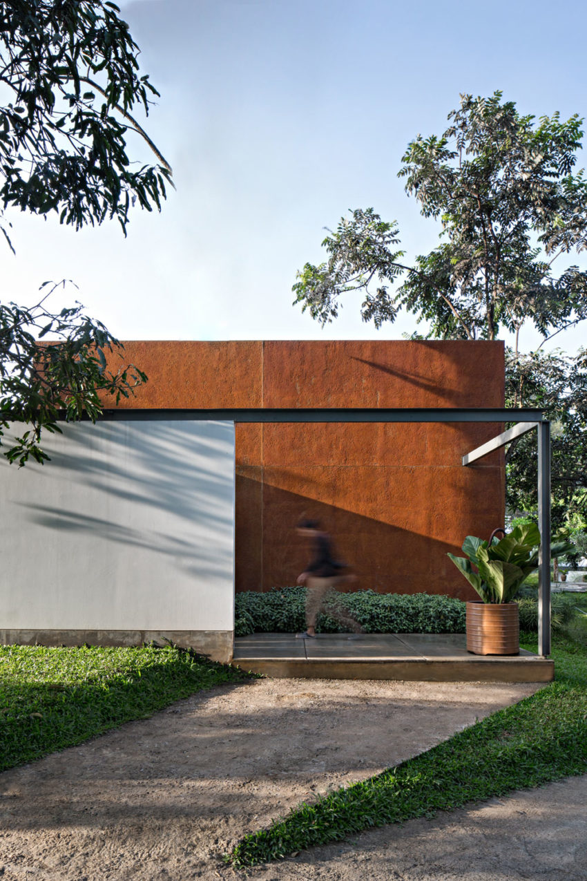 BRG House by Tan Tik Lam Architects (6)
