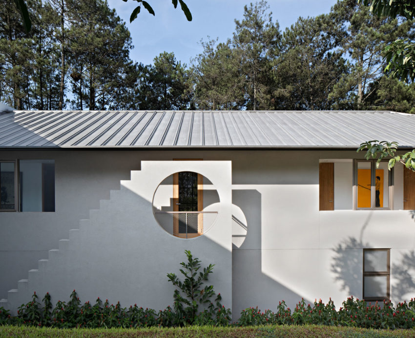BRG House by Tan Tik Lam Architects (10)