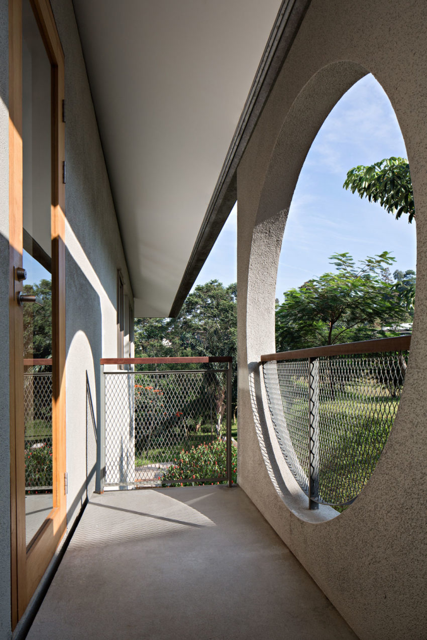 BRG House by Tan Tik Lam Architects (11)