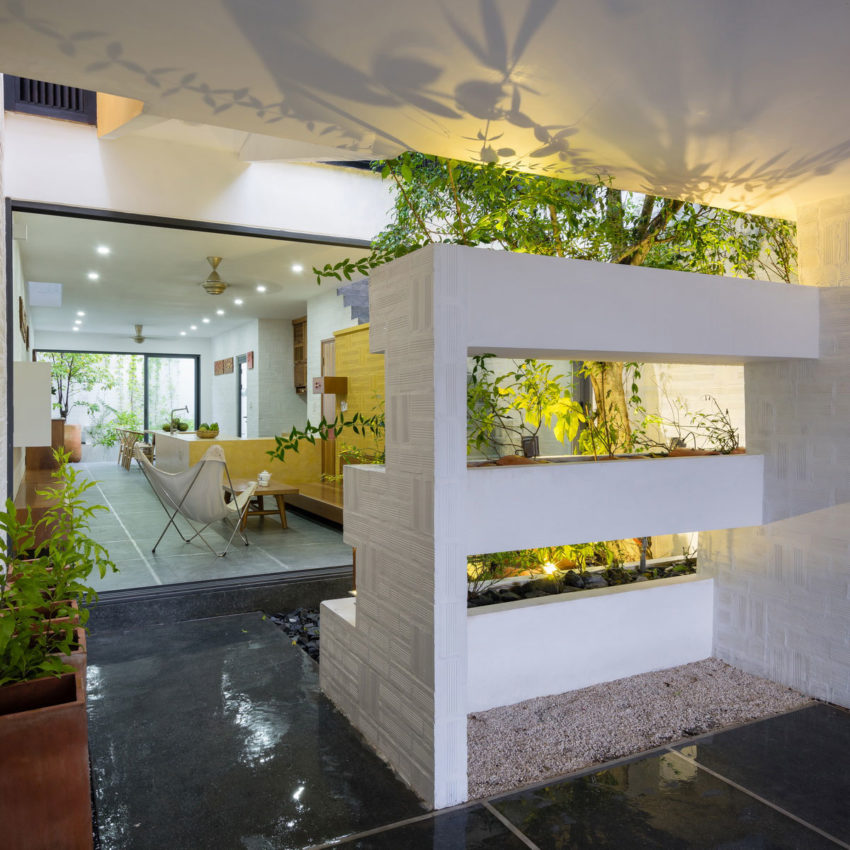 Can Tho House by LANDMAK ARCHITECTURE (6)