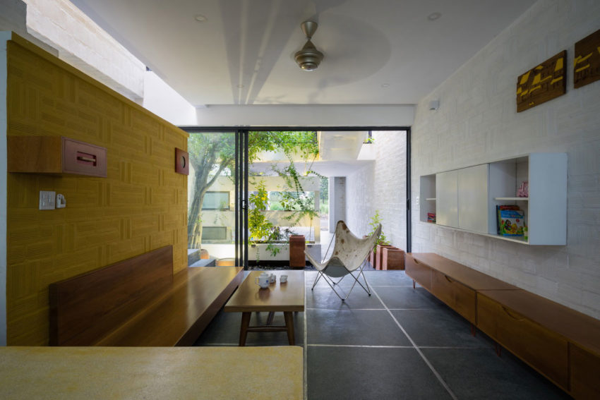 Can Tho House by LANDMAK ARCHITECTURE (9)