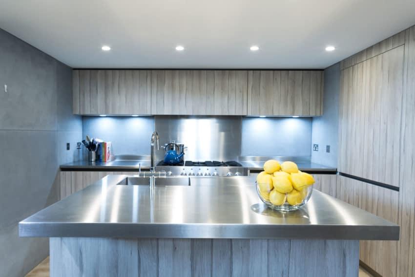 Contemporary Penthouse Apartment by VORBILD architecture (3)