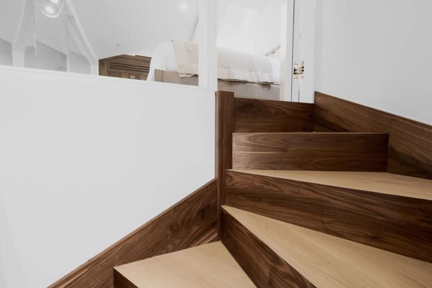 Contemporary Penthouse Apartment by VORBILD architecture (5)