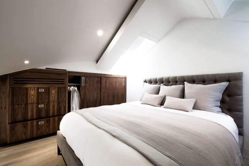 Contemporary Penthouse Apartment by VORBILD architecture (6)