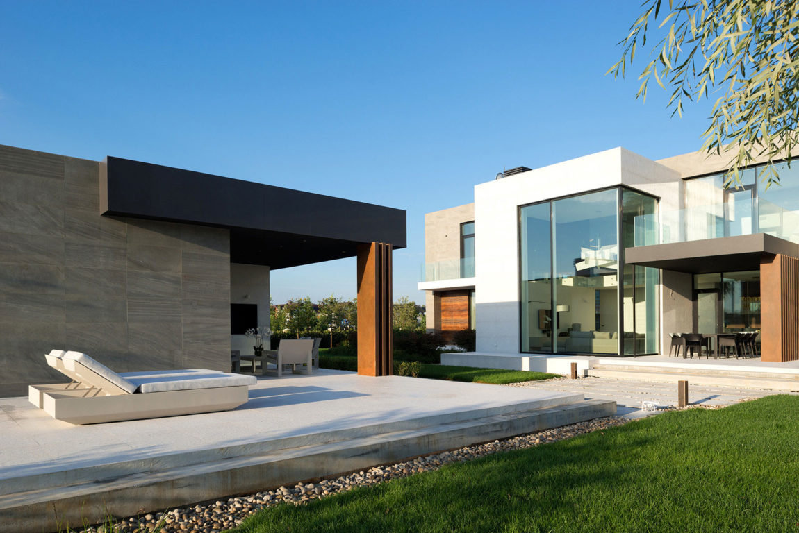 Country House in the Suburbs by Alexandra Fedorova (10)