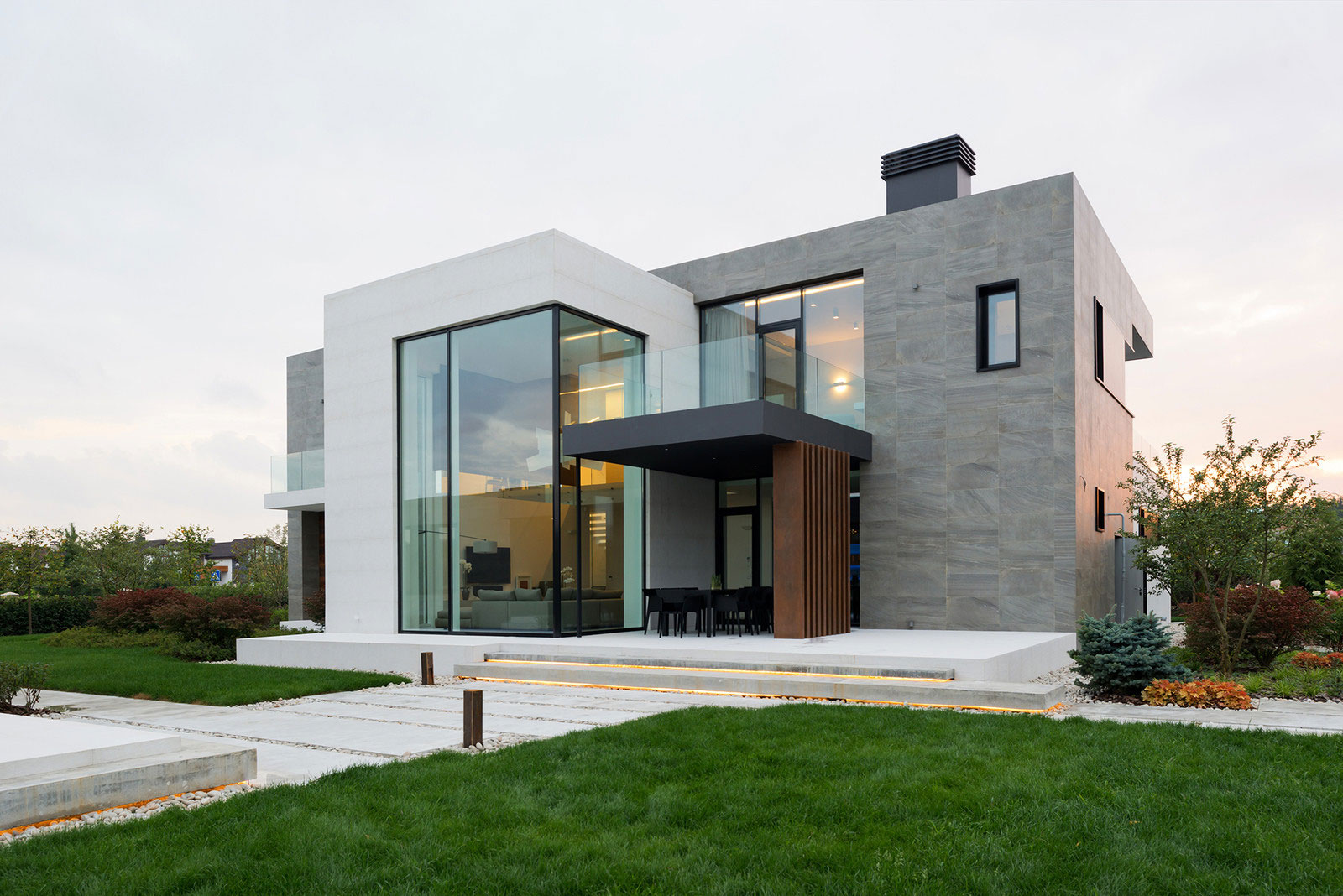 Alexandra fedorova designs an elegant contemporary house for Contemporary house designs